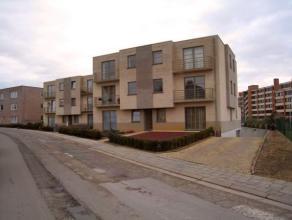 Mooi onderhouden en ruim appartement gelegen op de tweede verdieping (lift aanwezig) te Heverlee met twee slaapkamers en autostaanplaats.<br /> <br />