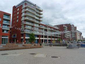 """Mooie nieuwbouw-flat aan de Leuvense Vaartkom. De flat is gelegen op de tweede verdieping van residentie """"Waterside"""". De flat bestaat uit een leefruim"""