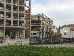 Mooi hoekappartement in residentie 'Dryfus', gelegen langs de Leuvense Dijle. Het appartement bevindt zich op de derde en hoogste verdieping en bestaa