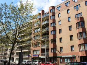 Ruim twee slaapkamer appartement op de vijfde verdieping in centrum Leuven. Dit appartement gelegen op de vijfde verdieping bestaat uit een ruime, lic