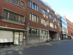 Appartement met 1 slaapkamer en rustig gelegen terras op een boogscheut van winkels, openbaar vervoer en het Groot Begijnhof. Het appartement is geleg