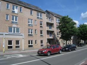 Trendy en betaalbaar wonen in hartje Leuven. Gerenoveerd 2-slaapkamer appartement nabij het bruisende centrum van Leuven. Het appartement bestaat uit