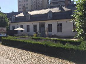 Over te nemen handelszaak! Zeer goed draaiend restaurant, met uitgebreide kaart, gelegen in een authentiek pand in het hart van Leuven. De zaak is com