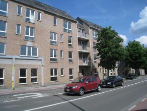 Trendy en betaalbaar wonen in hartje Leuven. Gerenoveerd, gemeubeld één-slaapkamer appartement nabij het bruisende centrum van Leuven. H