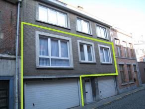 Zeer centraal gelegen appartement met één slaapkamer én ruime gargae in het centrum van Leuven. Het appartement bevindt zich op d