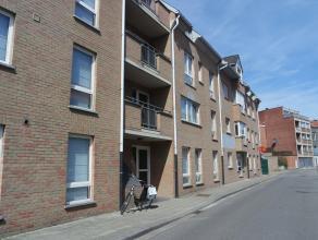 Trendy en betaalbaar wonen in hartje Leuven. Gerenoveerd één-slaapkamer appartement nabij het bruisende centrum van Leuven. Het appartem