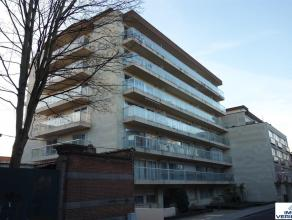 Klein beschrijf mogelijk! Ruime studio met ruim terras in het hartje van Leuven. Ideaal als eerste woning/investering. Indeling: inkomhal, grote leef-