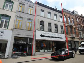 Karaktervolle eigendom gelegen in het Leuvens kernwinkelgebied op een uitstekende commerciële locatie (nl. een verbindingsstraat tussen de Diests