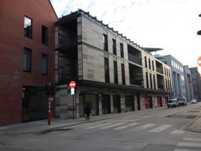 Dit prachtige nieuwbouw appartement  met hoge plafonds is gelegen in de residentie Vesalius in centrum Leuven. <br /> Het appartement ligt op de eerst