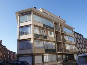 Ruim appartement gelegen in het centrum van Leuven.<br /> <br /> De woning bevat 4 slaapkamers, leefruimte, keuken, badkamer met douche, kelder, inkom