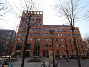 Prachtige, recente penthouse (164m²) met groot terras (33m²) op toplocatie te centrum Leuven! De combinatie van een centrale ligging en mooi