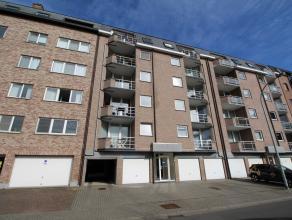 Ruim en goed gelegen appartement met 2 slaapkamers en terras.<br /> Het appartement is gelegen op de vijfde verdieping en heeft zicht over een groenpa