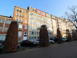 Ruim appartement (130m²) op de zesde verdieping te centrum Leuven! <br /> Met ruime en lichtvolle living/eetplaats, inkomhal met gepantserde deur