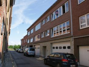 Uitstekend gelegen en volledig gerenoveerd appartement op de tweede verdieping nabij het stadscentrum, het station van Leuven, winkels en scholen....<