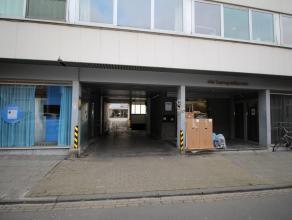 Ruime garagebox nr. 6 met poort, gelegen nabij het station van Leuven.