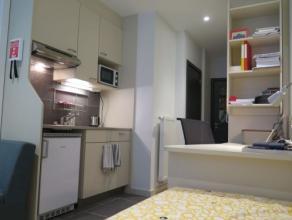 Studio SINGLE moderne meublé d'env. 17 m² situé à l'étage 2/10 côtérue,face à l' ULG.Séjou