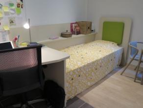 Studio SINGLE moderne meublé d'env. 17 m² situé à l'étage 5/10 côté rue,face à l' ULG.Séjo