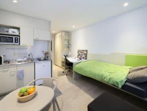 Studio SINGLE moderne meublé d'env.21 m², situé à l'étage 7/10 côté rue, face à ULG. Séjou