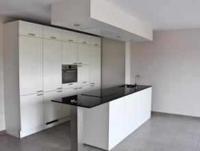 Aan het begin van de Luikersteenweg ligt dit nieuwbouwappartement! Het appartement heeft een prachtig groot terras aan de achterzijde met een ruim zic
