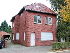 Instapklare woning met 4 slaapkamers op 10a38ca gelegen in een rustige woonwijk!<br /> <br /> Deze woning langs de Leysestraat 98 te Beverlo (Beringen
