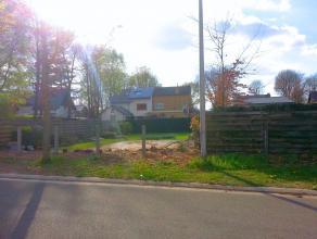 Gunstig en rustig gelegen bouwgrond van 3a 35ca (Lot 1) op de Flikbergstraat. De bouwgrond is geschikt voor een halfopenbebouwing. <br /> <br /> Geen