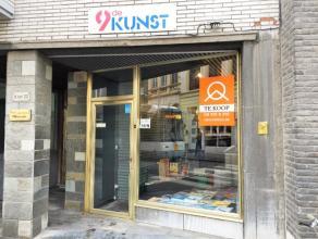 """Deze winkel was gedurende meer dan 35 jaar de gekende stripwinkel """"De 9de Kunst"""" in centrum Gent. De bureel- en stockruimte kunnen geïntegreerd w"""