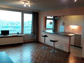 Dit appartement is gelegen op de 6e verdieping van 'Residentie Manet' vlakbij het gezellige en groene Keizerspark. In de onmiddellijk nabijheid bevind