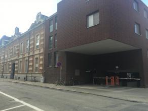 Wij hebben 2 afzonderlijke ondergrondse garageboxen met wentelpoort te koop in Residentie Cartijnenveld. Deze bevinden zich in de ondergrondse parkeer