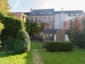 Exclusieve klassieke herenwoning met prachtige unieke grote stadstuin! Deze deels te renoveren woning is gelegen in het hartje van Leuven, in een rust