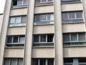 """Op te frissen studio te koop in residentie """"de nobel"""" gelegen in hartje Leuven. Door zijn centrale ligging in DE studentenstad van het land, maakt dat"""
