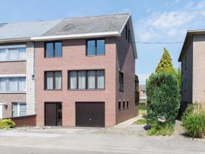 Driegevel-woning gelegen in een rustige en aangename woonwijk te Kessel-Lo in de korte nabijheid van de abdij van Vlierbeek en het provinciaal domein.