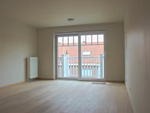 Te huur Mooi 2 slaapkamer appartement in een nieuwbouw van 2012. Gelegen vlakbij de vismijn en jachthaven van Zeebrugge. Vlot bereikbaar met de wagen