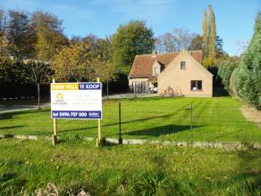 Landelijke en ruime villa met 5 slpkamers, startprijs - biedprijs Verrassend ruime villa met aparte garage en zolder mooi gelegen nabij het Kasteel va