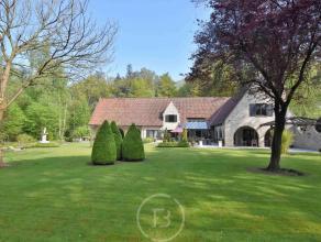 Prachtige bourgondische villa biedt privacy en rust in het Waaroostpark te Waardamme. De woning werd gebouwd met het Bourgondisch kruis. Indeling: ink