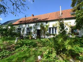 Deze unieke landelijke woning is gelegen in de groene strip aan de Trolieberg in Kessel-Lo. De woning bevindt zich in een groene oase van rust, naast