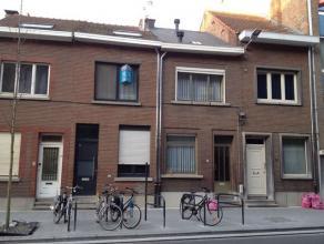 Op zoek naar een mooi rendement binnen de ring van Leuven ? Bij voorkeur met erkende, conforme studentenkamers ? Deze woning in de centraal gelegen Pa