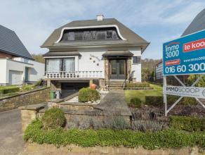 NIEUW : Immo3000 verkoopt een op te frissen maar zeer ruime vrijstaande woning met prachtig zicht op Linden bos. Het gaat om een rustig gelegen woonst