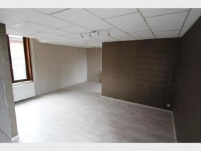 Duplex appartement met 1 slaapkamer te huur in het centrum van Diest, Engelandstraat 4. Het appartement omvat : - gelijkvloers een berging - inkom met