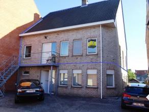 In Tienen bieden wij U dit appartement te huur aan. Gelegen juist buiten de ring, aan de Carrefour, in een rustige straat. Het bevat 2 slaapkamers, ee