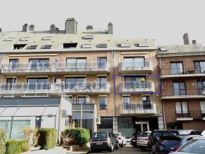 Zeer mooi en instapklaar appartement op 2e verdieping in Residentie Menegaard, in het hartje van Tienen. Het app. omvat: inkomhal, toilet, woon- en ee