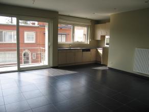 Welgelegen APPARTEMENT gelegen op de 1ste verdieping in residentie  VAUBAN II  met kelder nummer  4   en ondergrondse autostaanplaats nummer  1 :<br /