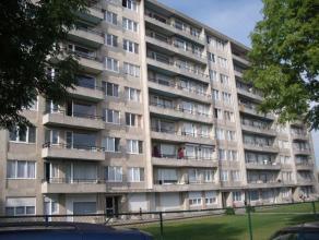 Instapklaar appartement nabij het centrum, trein- en busstation.  Het appartement is bestaande uit een inkomhal, living met eetplaats, keuken, badkame