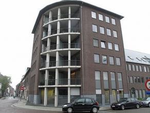 Recent appartement op de tweede verdieping in het centrum van Diest. Het appartement bestaat uit twee slaapkamers, een ingerichte keuken en badkamer,