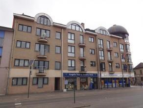 Knus appartement tussen de grote en kleine ring. Dit appartement op de derde verdieping bestaat uit twee slaapkamers, een ingerichte keuken en badkame