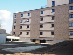 Vrij - te bezichtigen via kantoor.<br /> <br /> Nieuwbouwappartement in residentie Alverpark gelegen binnen de Hasseltse Ringlaan in een groene omgevi
