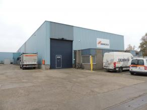 Goede gelegen bedrijfsruimte met kantoren gelegen op het industrie terrein Centrum Zuid te Houthalen. Indeling: 300 m² kantoren,<br /> magazijn