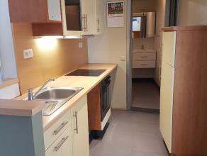 Studio van ca 50 m² met afzonderlijke slaapkamer en badkamer. Instapklaar en in goede staat. Gelegen op de 2e verdieping van een kleine residenti