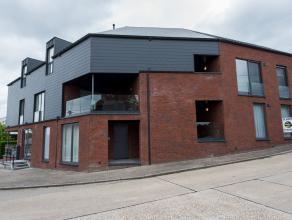 Dit recent (2012) appartement  van 82m2 met terras en overdekte autostaanplaats vindt u terug in de Troffelstraat 34 in het landelijke Kleine-Spouwen