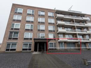 Gelijkvloers appartement van 72m² gelegen op de Tweevoetjesweg 10 bus 3 te Bilzen op korte wandelafstand van het centrum. <br /> <br /> Dit goed