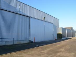 Ruim magazijn van 890m2 gelegen aan de Grote Ring in Hasselt. <br /> Zeer goede bereikbaarheid en zichtbaarheid!<br /> <br /> Bruikbare hoogte magazij